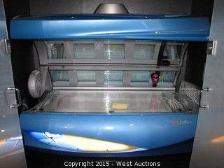Soltron XL-200/20 Shark Turbo Plus Tanning Bed
