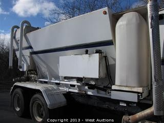 2005 Reimer Mobile Volumetric 10 Yard Mixer Mounted on 2006 Sterling LT8500 Truck
